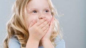 Phòng ngừa và điều trị hôi miệng cho bé