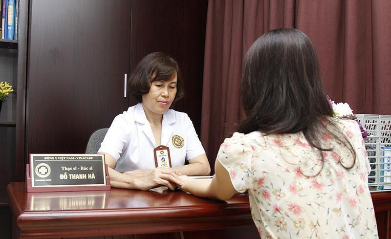 Bác Sĩ Đỗ Thanh Hà chữa bệnh viêm nấm âm đạo cho bệnh nhân